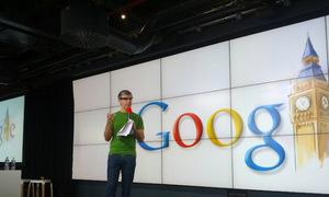 Google Glass chạy hệ điều hành Android