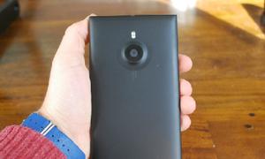 Nắp sau Lumia 1520 làm từ vật liệu tái chế