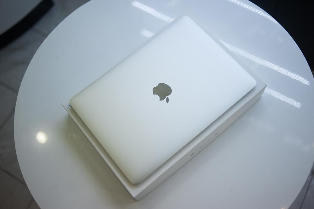 MacBook 12 inch xuất hiện ở Hà Nội