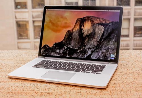 MacBook Pro Retina 15.4 bản 2015.