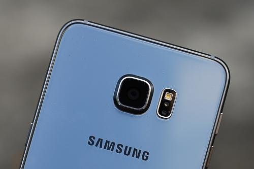 """Camera của những mẫu Galaxy cao cấp năm nay đều 16 """"chấm""""."""