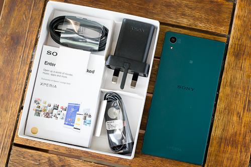 nhung-smartphone-cao-cap-moi-ra-ho-tro-2-sim-3