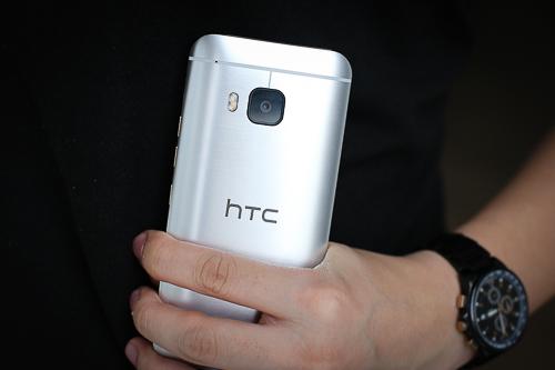 nhung-smartphone-cao-cap-doi-moi-ho-tro-2-sim-4