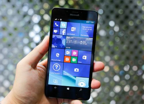 6-smartphone-dang-chu-y-ban-ra-trong-thang-12