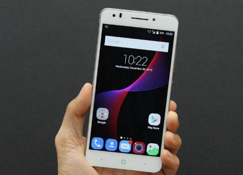 loat-smartphone-man-hinh-lon-gia-re-vua-ve-viet-nam-3