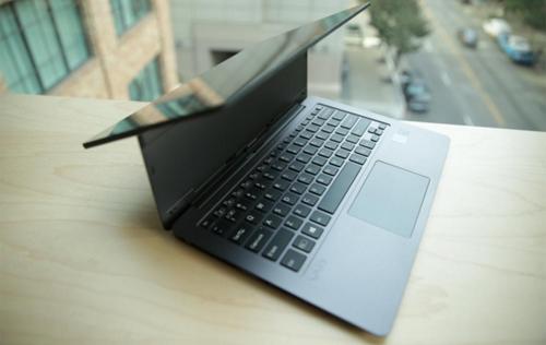 bo-ba-laptop-cao-cap-vaio-trinh-lang-voi-pin-tren-10-tieng