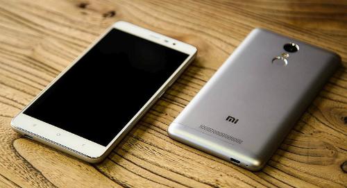 5-smartphone-gia-re-pin-khoe-moi-ra-mat-1