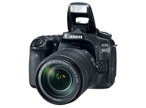 canon-gioi-thieu-eos-80d-va-ong-kinh-18-135-mm-moi