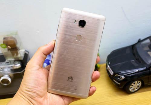 huawei-gr5-smartphone-tam-trung-dang-gia