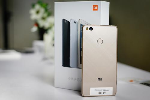 smartphone-trung-quoc-ve-viet-nam-ngay-cang-nhieu-1