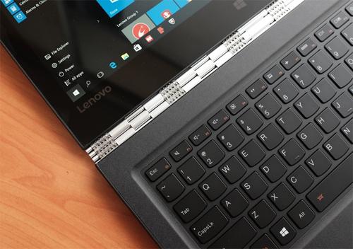 lenovo-yoga-900-laptop-xoay-cau-hinh-manh-1