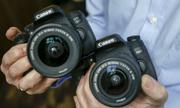 Mua máy ảnh Canon 760D hay Nikon D7100?