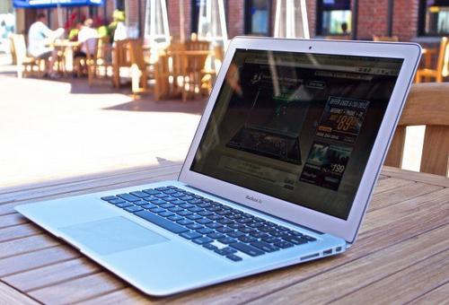 apple-co-the-khai-tu-macbook-air-thay-bang-macbook-retina