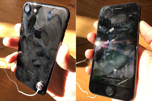 nhung-chiec-iphone-7-xau-xi-trong-apple-store