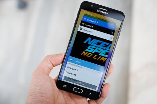 Mẫu Android RAM 3GB có giá thấp nhất của Samsung hiện giờ.