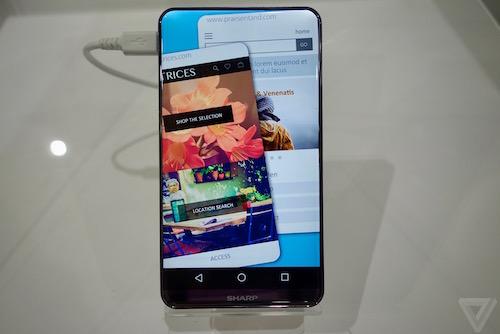 smartphone-nhat-man-hinh-cong-khong-vien