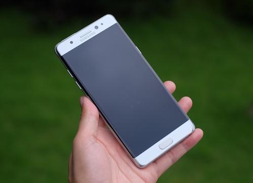 hanh-trinh-cua-galaxy-note-7-smartphone-dep-nhung-doan-menh