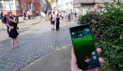 Pokemon Go đòi hỏi người chơi phải di chuyển hằng ngày, như một hình thức tập thể dục.