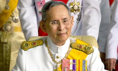 Quốc vương Bhumibol được người dân Thái Lan vô cùng yêu mến. Ảnh: People