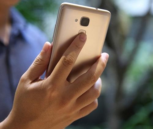 Cảm biến vân tay hiện đại đảm bộ độ bảo mật và sự tiện dụng tối đa cho người dùng.