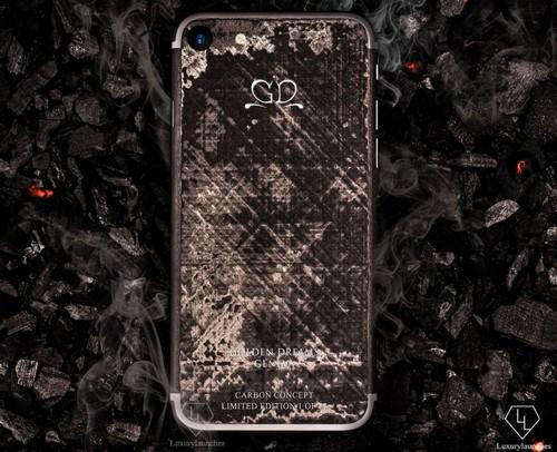 iphone-7-phien-ban-soi-carbon-gia-17000-usd