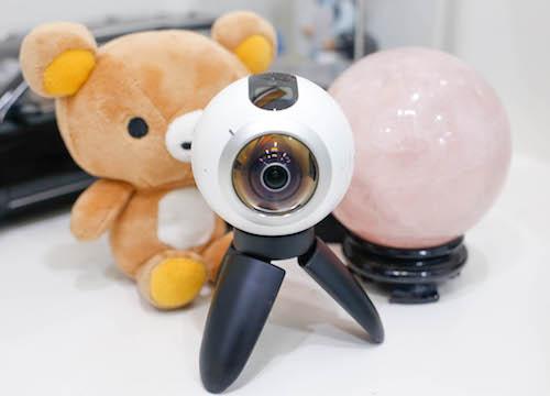 samsung-gear-360-camera-di-dong-chup-360-do-gia-tot