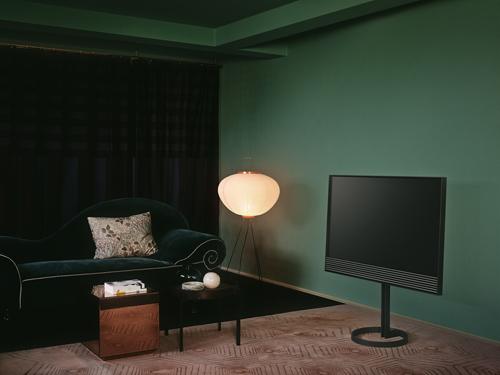 bang-olufsen-ra-mat-dong-smart-tv-4k-2