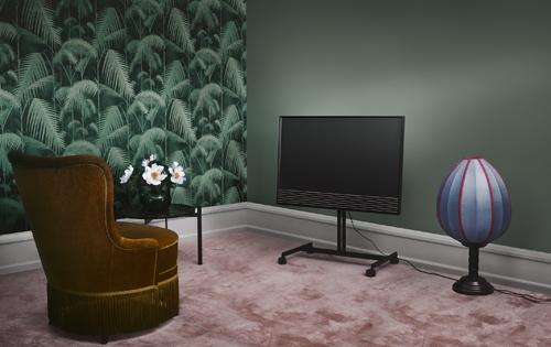 bang-olufsen-ra-mat-dong-smart-tv-4k