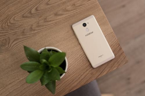 can-canh-prime-x-2017-smartphone-bao-mat-van-tay-gia-4-trieu-cua-mobiistar-1