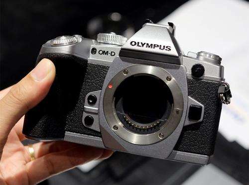 Olympous OM-D E-M5 Mark II.