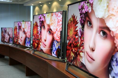 TV 4K UltraHD sở hữu màn siêu nét khi có độ phân giải 8 triệu điểm ảnh, cao gấp 4 lần TV Full HD thông thường.
