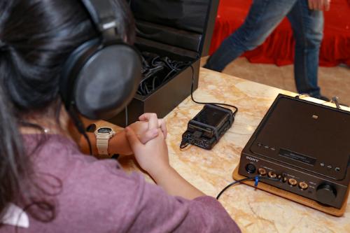 Bên cạnh đó Sony còn mang đến mẫuNW-WM1A, được ví như người em củaNW-WM1Z, trong đó bộ khung sử dụng chất liệu nhôm nguyên khối với vẻ ngoài mạnh mẽ, chất âm trong trẻo và đầy uy lực.Để đưa Signature Series trở thành bộ sản phẩm đỉnh nhất của mình, Sony đã giới thiệu TA-ZH1ES, amplifier chất lượng cao, tối ưu âm thanh cho những tai nghe khó tính.