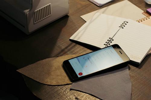 smartphone-tam-trung-cua-htc-trang-bi-ram-4gb-1