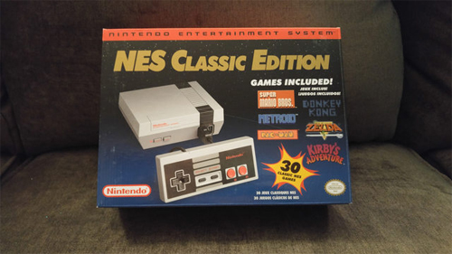 Máy chơi game NES Classic Edition.