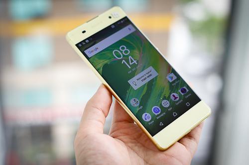 nhung-smartphone-giam-gia-manh-dip-cuoi-nam-4