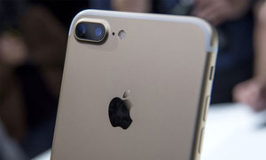 iPhone 7S màn hình 5 inch, camera kép đặt dọc