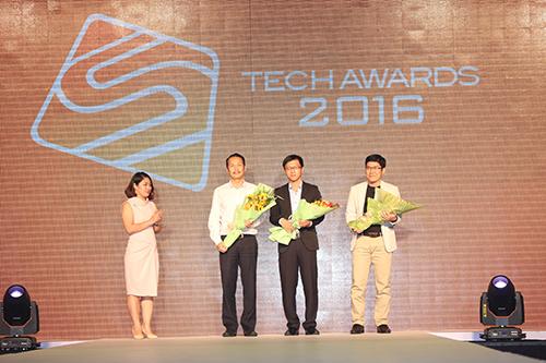 nhung-doc-gia-doat-giai-chung-cuoc-tech-awards-2016