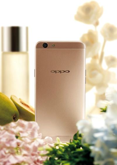 oppo-li-xi-nguoi-mua-smartphone-f1s-dip-tet-1