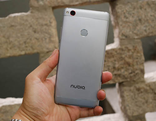 nubia-z11-smartphone-man-hinh-khong-vien-1