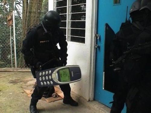 nokia-3310-hoat-dong-lien-tuc-trong-17-nam-1