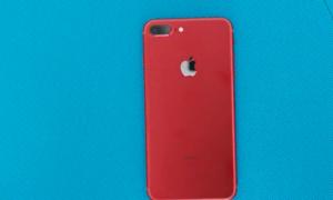 Những video mở hộp iPhone 7 đỏ đầu tiên