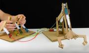 Tự tạo cánh tay robot thủy lực từ bìa các tông