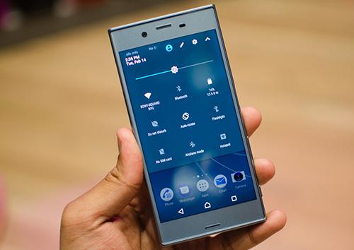 the-gioi-di-dong-cho-dat-truoc-smartphone-sony-xzs