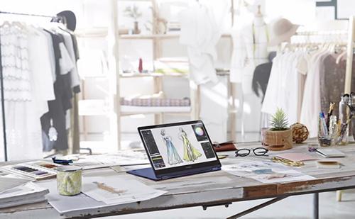 ZenBook Flip S UX370UA.