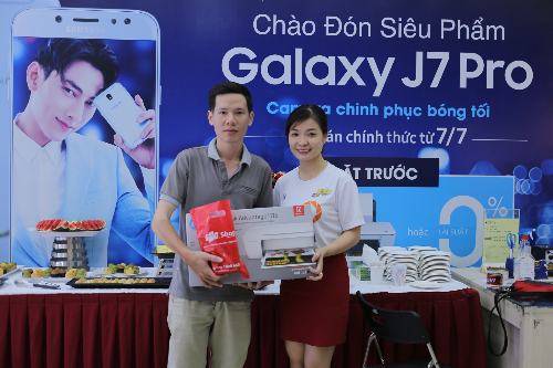 fpt-shop-bat-dau-mo-ban-galaxy-j7-pro-3