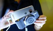 Moto Z2 Play chính hãng có giá 11 triệu đồng
