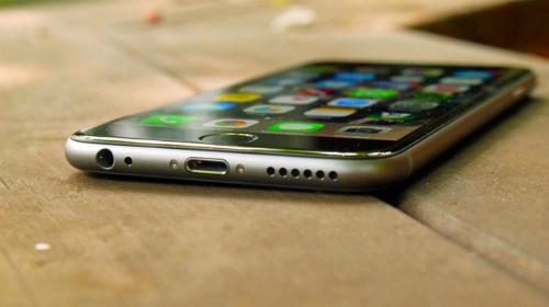 Xuất hiện cuối tháng 3 với giá 10 triệu đồng, nhưng giờ iPhone 6 32GB chính hãng chỉ còn chưa đến 8 triệu đồng.