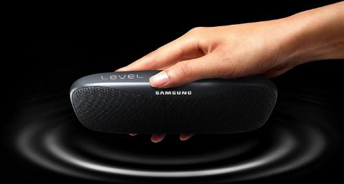 Loa không dây Samsung Level Box Slim.