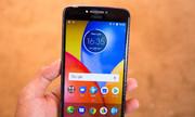 Bộ đôi điện thoại Motorola pin siêu bền, giá dưới 5 triệu đồng