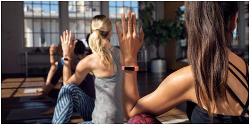 Fitbit Alta HR đem lại cho người dùng sự trải nghiệm một thiết bị theo dõi sức khỏe thời trang, dễ sử dụng và phù hợp với mọi đối tượng